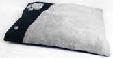 Large Microplush Dog Bed - Black / Natural