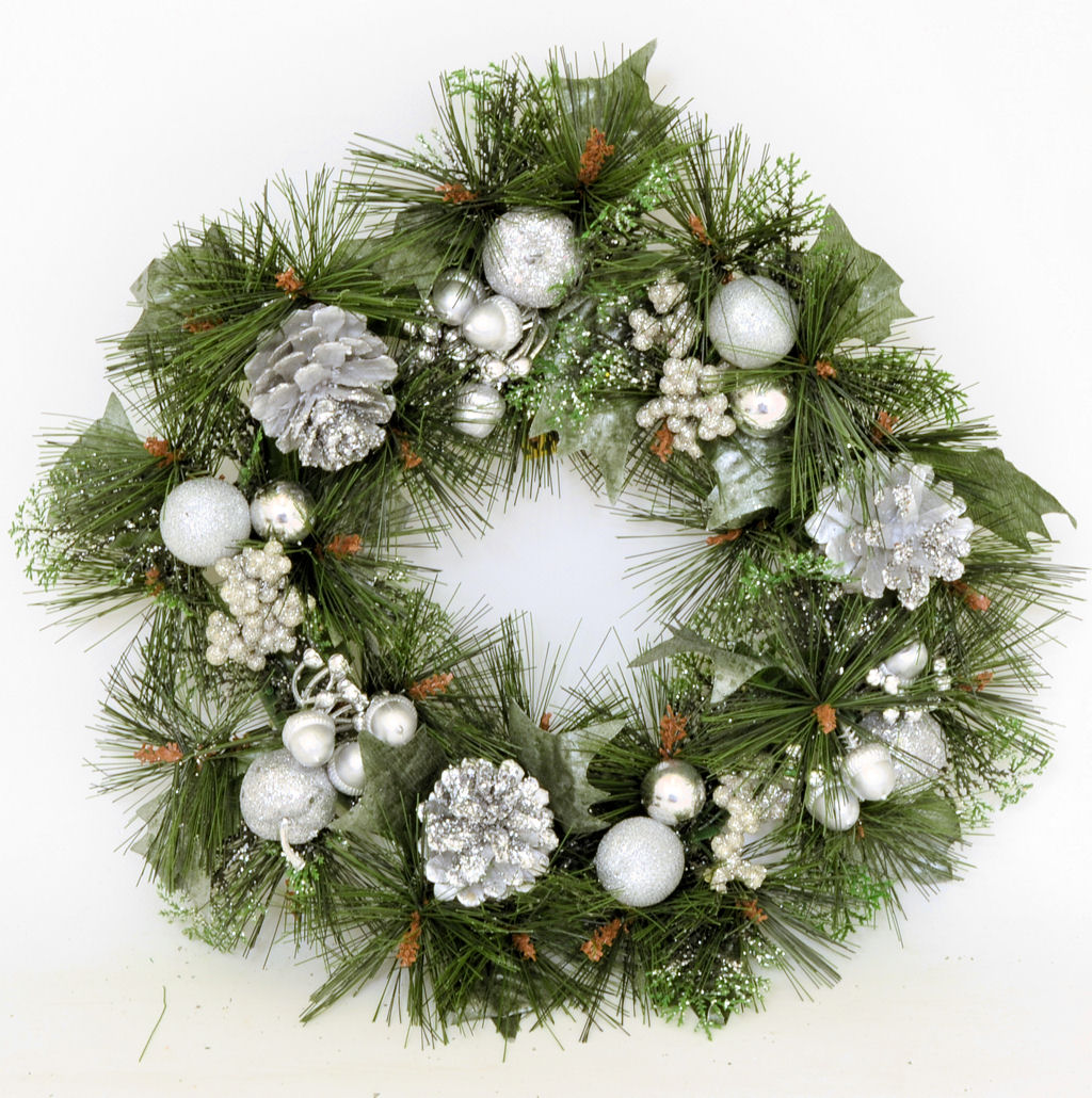 "16"" Decorated Christmas Wreath For Door Hanging"